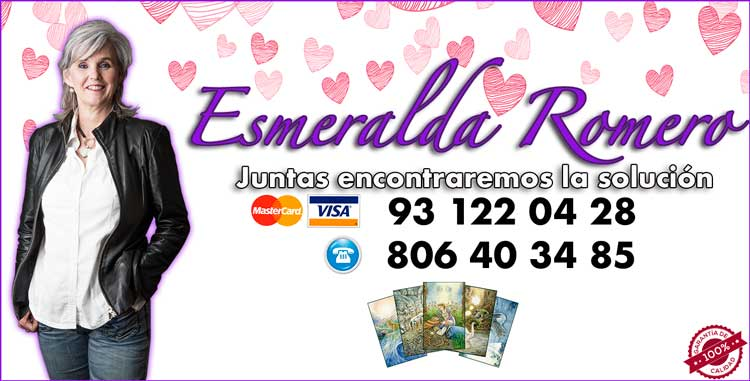 Esmeralda Romero - vidente de nacimiento y tarotista buena y barata